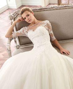 Hercegnős Tramore esküvői ruha
