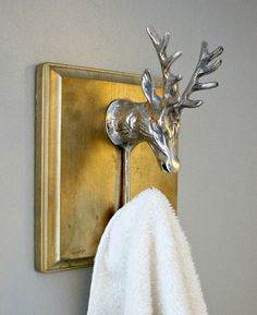 8 Cheap & Easy DIY Towel Holders That Will Rock Your Bathroom Style: Elegant silver and gold