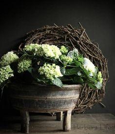 ♡ Rustic Design, Rustic Decor, Natural Living, Flower Vases, Flower Arrangements, Hortensia Hydrangea, My Secret Garden, French Decor, Rustic Interiors