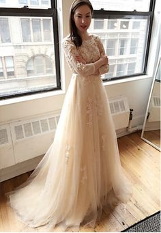 BOHO WEDDING DRESS - BOHEMIAN WEDDING DRESS - LACE WEDDING DRESS - BOHO PROM DRESS    Silhouette A-line   Neckline Scoop   Hemline / Train Sweep / Brush Train   Embellishments  Lace, Appliques    Back Details Backless   Built-in Bra Yes   Boning No   Fabric Tulle   Shown Color Champagne