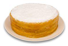 Expresso dos Sabores | Torta Bem Casado de Damasco com Amêndoas - Finas camadas de pão de ló especial, recheadas com geleia de damasco, chantilly e amêndoas, decorada com açúcar de confeiteiro.