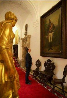 Nicolas, Prince of Romania. looking at portrait of the first Romanian king; his three times great uncle. Romanian Royal Family, Peles Castle, Modern Times, Beautiful Homes, Royalty, Prince, Descendants, History, Portrait