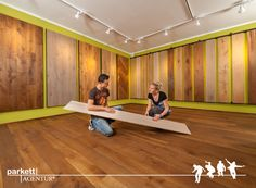 Massivholzdielen Ausstellung in der Parkett Ausstellung Tirol  #Massivdiele # Massivholz #Parkett #Echtholzboden