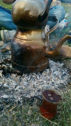Temiz Yayla Havası bir bardak Çay
