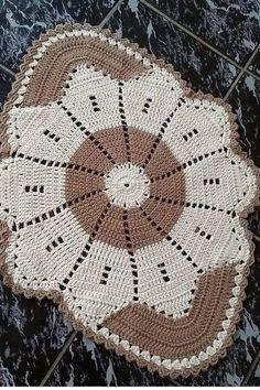 Crochet Doily Patterns, Crochet Doilies, Crochet Flowers, Crochet Round, Filet Crochet, Knit Crochet, Crochet Table Runner, Crochet Tablecloth, Crochet T Shirts