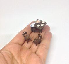 Miniature 1/4 1:48 1/48th 48th QS Quarter Scale Vintage Drop Leaf Gate Leg Table with Plates Cakes