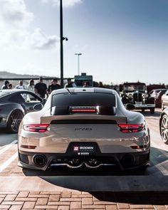 Porsche 911 Cabriolet, Porsche 911 Targa, Porsche Cars, Ferrari Car, Supercars, Carrera, Car In The World, Car Wallpapers, Amazing Cars