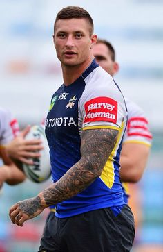 Tariq Sims - North Queensland Cowboys Rugby Pictures, National Rugby League, Australian Football, Rugby Men, Beefy Men, Rugby Players, Home Team, Sport Man, Olympians