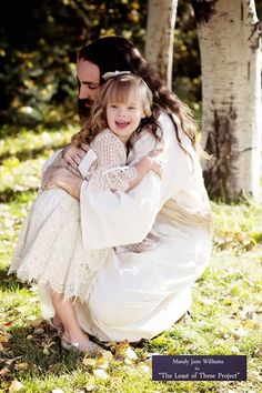 Alternativa Espiritual Girls Dresses, Flower Girl Dresses, Wedding Dresses, Fashion, Dresses Of Girls, Bride Dresses, Moda, Bridal Gowns, Fashion Styles
