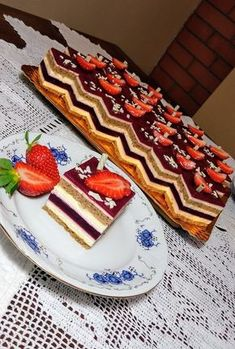 Hungarian Desserts, Hungarian Recipes, Breakfast Recipes, Dessert Recipes, Cupcakes, Food To Make, Cake Decorating, Food And Drink, Cooking Recipes