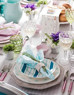 Cookaroo: Brunch Table Setting. Guest Post by MBellished Life