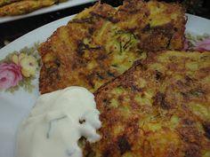 Kook je vegetarisch met mij mee?: Courgettekoekjes met knoflooksaus