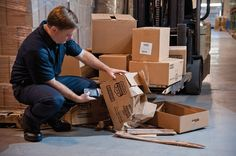 Courier Package Tracking System