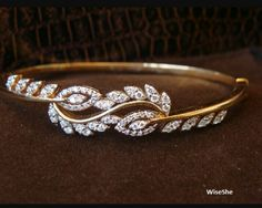 Tips for Buying Diamond Rings and Other Fine Diamond Jewelry Bracelet Cartier, Diamond Bracelets, Diamond Jewelry, Bangle Bracelets, Diamond Earrings, Diamond Studs, Bracelet Watch, Gold Bangles Design, Jewelry Design
