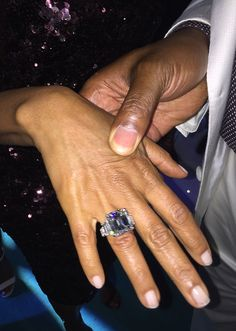 Magic Johnson Celebrates 25 Years of Marriage With Epic, Star-Studded Yacht…