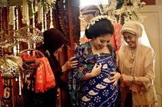 MITONI (Javanese Ritual)