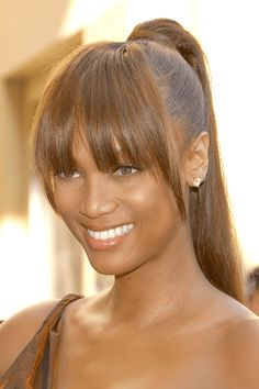 15 Ponytails With Bangs Hairstyles That Redefine Effortless Hair Weave Ponytails With Bangs, Black Ponytail Hairstyles, Easy Hairstyles For Medium Hair, Long Hair With Bangs, High Ponytails, Sleek Hairstyles, Long Wavy Hair, Weave Hairstyles, Wispy Bangs