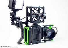 Beastgrip: universal mobile phone camera rig. Turns your phone into a more capable still or video shooter //