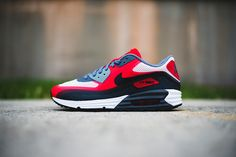 NIKE AIR MAX 90 LUNAR (UNIVERSITY RED)