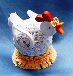 chicken using quilling Quilling Paper Craft, Quilling Patterns, Quilling Cards, Quilling Designs, Paper Quilling, Quilling Ideas, Diy And Crafts, Crafts For Kids, Arts And Crafts