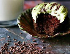Chocolate Avocado {Vegan} Cupcakes with Avocado Buttercream Frosting - Cupcakes and Crinoline