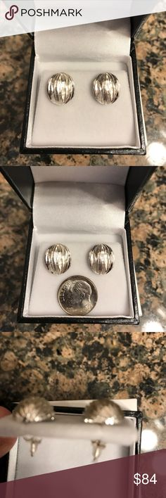 STERLING SILVER BRIGHT/BRUSHED EARRINGS NIB STERLING SILVER BRIGHT/BRUSHED EARRINGS NIB. If You Love Unique These Earrings Are For You! .925 Sterling Silver Oval With Lovely Pattern That Is Brught And Brushed! Indescribable Beautiful! Gift 🎁 Boxed. NIB Jewelry Earrings