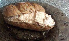 paprikovo cesnakovy tvaroh Bread, Food, Red Peppers, Brot, Essen, Baking, Meals, Breads, Buns