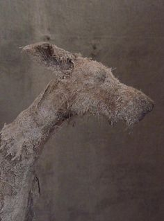 These amazingly expressive dog sculptures were created by UK-based artist Helen Thompson (aka Holy Smoke). Each piece is unique and handcrafted. Textile Sculpture, Dog Sculpture, Textile Fiber Art, Animal Sculptures, Sculpture Ideas, Helen Thompson, Smoke Art, Art Deco Lamps, Ceramic Animals