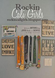 Rockin' Cali Girls: Running Bibs & Medal Hanger - a tutorial