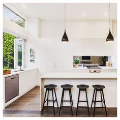 Fantastic modern kitchen room are offered on our website. look at this and you wont be sorry you did. Home Kitchens, Kitchen Design, Kitchen Inspirations, Kitchen Renovation, Modern Kitchen, Kitchen Interior, Kitchen Layout, Farmhouse Style Kitchen, Kitchen Style