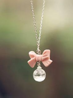 Lovely Bowknot Water-drop Necklace