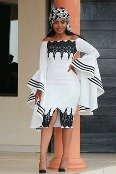 Great looking traditionl african fashion African Wear Dresses, Latest African Fashion Dresses, African Print Fashion, Ladies Dresses, South African Traditional Dresses, Traditional Outfits, Traditional Wedding, African Wedding Attire, African Attire