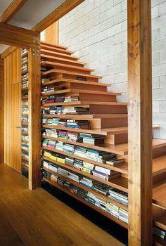 Stairs&bookshelf