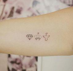 Tatuagens delicadas. Crown. Angel
