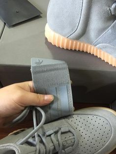 6c822367ae9 2016 top Quality Yzy Boost 750 Light Grey Gum In The Dark Kanye West Shoes  Basketball Shoes Sneakers 750s Men Sports Size 11.5 From Diamond outdoor