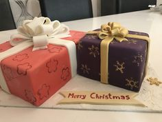 #merrychristmas #cakedesign #gifts