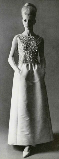 1963  dress Hubert de Givenchy