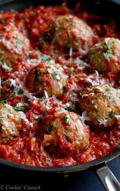 Italian Turkey Meatballs in Tomato Sauce Recipe...Healthy comfort food! 316 calories and 8 Weight Watchers PP | cookincanuck.com