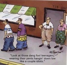 Burglar Tripped Up By Sagging Pants I Love To Laugh, Make Me Smile, Funny Images, Funny Photos, Funny Pix, Crazy Funny, Sagging Pants, Funny Birthday Cards, 50th Birthday
