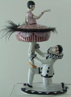 Flapper & Pierrot Powder Box