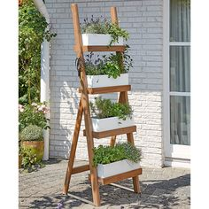 80 Creative DIY Vertical Garden Design Ideas - New ideas Garden Ladder, Diy Garden, Balcony Garden, Garden Planters, Garden Projects, Home And Garden, Vertical Garden Design, Vertical Gardens, Ab Ins Beet
