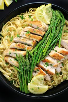 This recipe for Lemon Chicken & Asparagus Pasta is an easy one-pot dinner that comes together in about 30 minutes from start to finish. Tender asparagus and a creamy lemon garlic sauce come together for a delightful family meal. Pasta Recipes, Chicken Recipes, Dinner Recipes, Cooking Recipes, Healthy Recipes, Cake Recipes, Atkins Recipes, Cooking Tips, Healthy Food