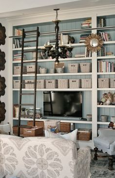 two tone built-ins: love the idea of another color/natural wood behind the bookshelves for the big wall #windsorsmith