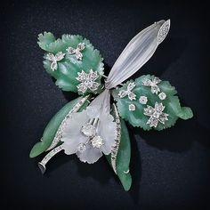 Tendance Joaillerie 2017   Carved Frosted Quartz and Diamond Orchid Brooch  50-1-2889  Lang Antiques