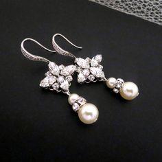 Crystal and pearl Wedding earrings