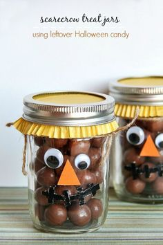 Scarecrow treat jars using leftover Halloween candy are a fun fall activity for kids and make a great Thanksgiving gift.