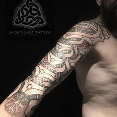 The teeth of Heimdall. It's always awesome to hang out and tattoo with you @krys_py :) #viking #vikings #vikingart #vikingink #nordic #nordicart #nordictattoo #norse #norsemythology #norrøn #dotwork #dotworktattoo #knotwork #knotworktattoo #heimdall #asatru #ásatrú #vegvisir #vegvisirtattoo