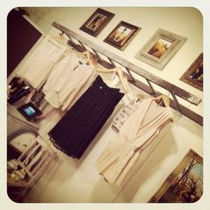 VINTAGE & CHIC: decoración vintage para tu casa · vintage home decor: Ideas diferentes para colgar tu ropa · Inspiration: Display your garments