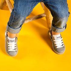 Trendy grey sneakers with a zip on the side and the sole in light grey crepe ! So  Check it online & in our store in Madrid  | Zapatillas trendy con cremallera en el lateral y suela en gris claro crepe!! Muy  Míralas online y en nuestra tienda en Madrid  #maashoes #handmadeinspain #kidshoes #coolshoes #colorfulshoes #comfyshoes #kidsfashion #zapatos #hechoenespaña #sneakers #instakids #calzadoinfaltil #footwear #style #summer #newcollection #springsummer18 #limitededition #new #crepe #grey…