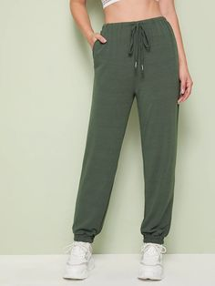 To find out about the Solid Drawstring Waist Sweatpants at SHEIN, part of our latest Pants ready to shop online today! Sweatpants Outfit, Cropped Pants, Wide Leg Pants, Luna Fashion, New Pant, Type Of Pants, Pants For Women, Clothes For Women, Trousers
